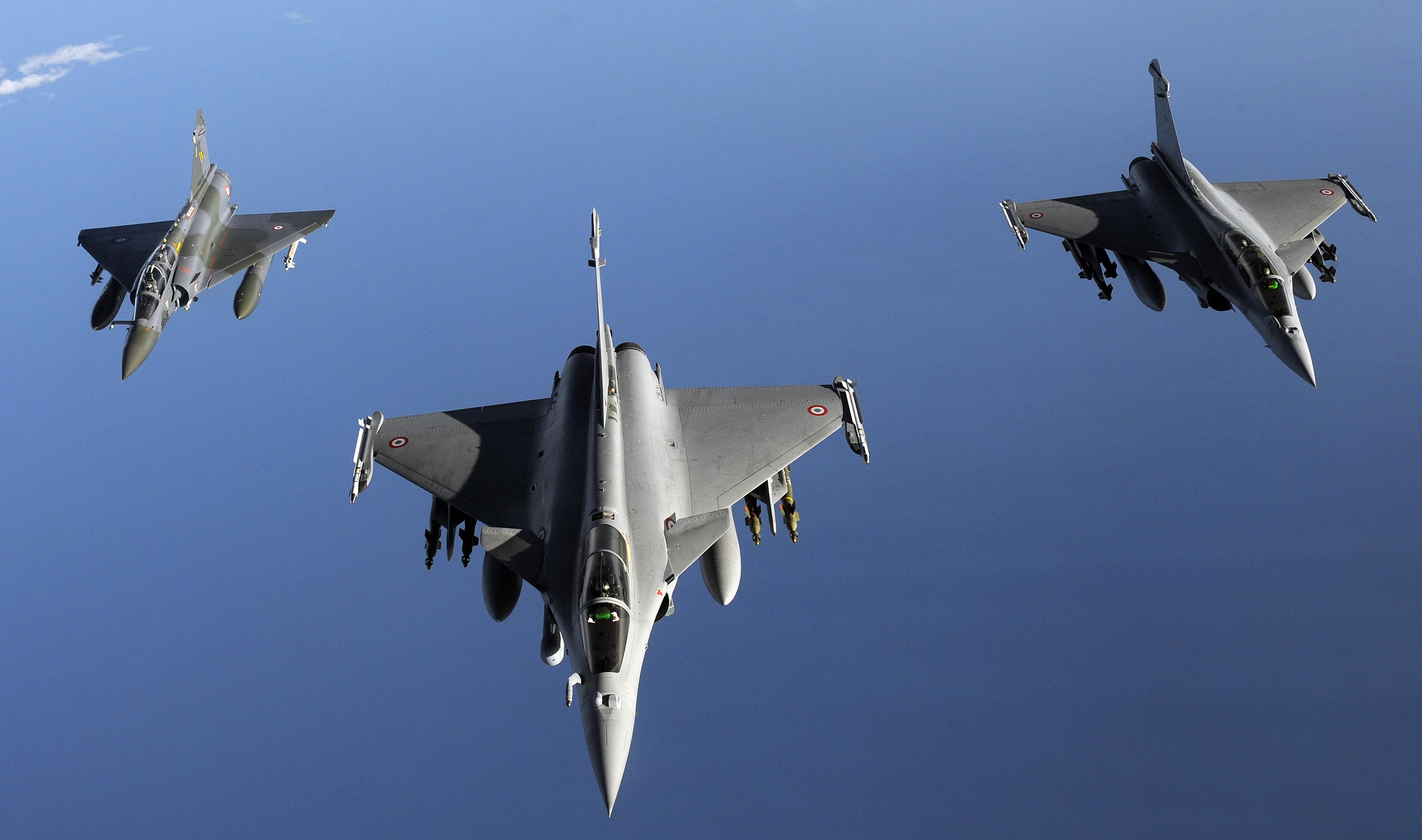 Γαλλικά μαχητικά αεροσκάφη σαρώνουν το FIR της Λευκωσίας