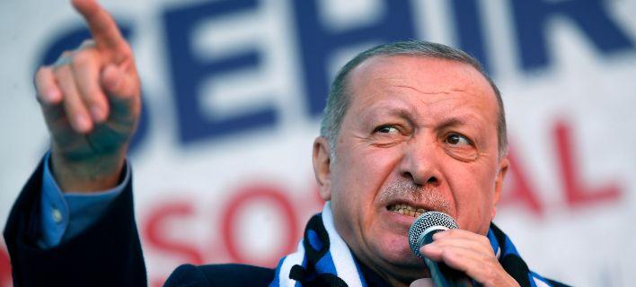 """Ερντογάν: """"Θα αγοράσουμε τους S-400 και θα τους χρησιμοποιήσουμε"""""""
