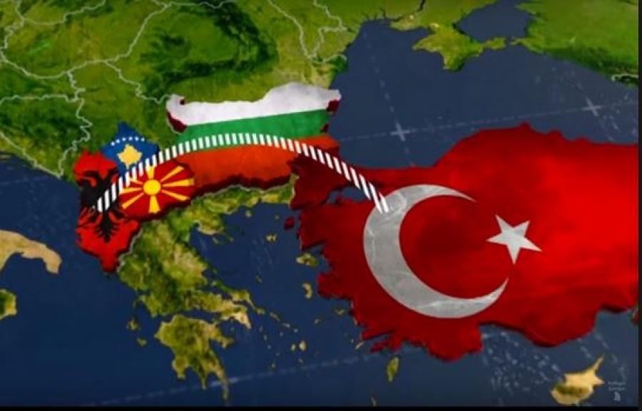 """Πως η Τουρκία εκμεταλλευόμενη το """"μουσουλμανικό τόξο"""" παρεισφρύει στα Σκόπια"""