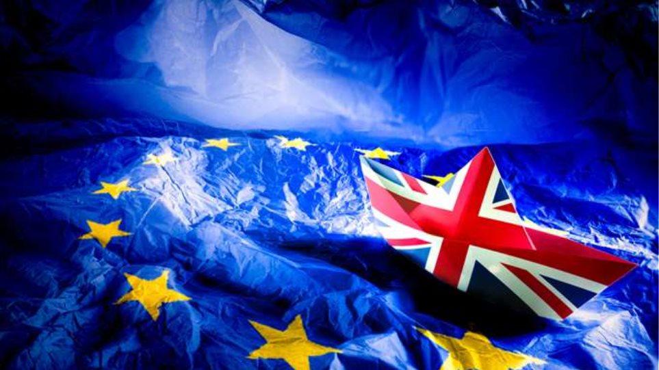 Οι ΗΠΑ προειδοποιούν: «Αρχίστε να προετοιμάζεστε για ένα σκληρό Brexit»