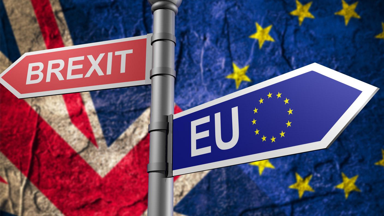 Brexit: Γιατί Κίνα & ΗΠΑ «κερδίζουν» από μια αποχώρηση των Βρετανών χωρίς συμφωνία