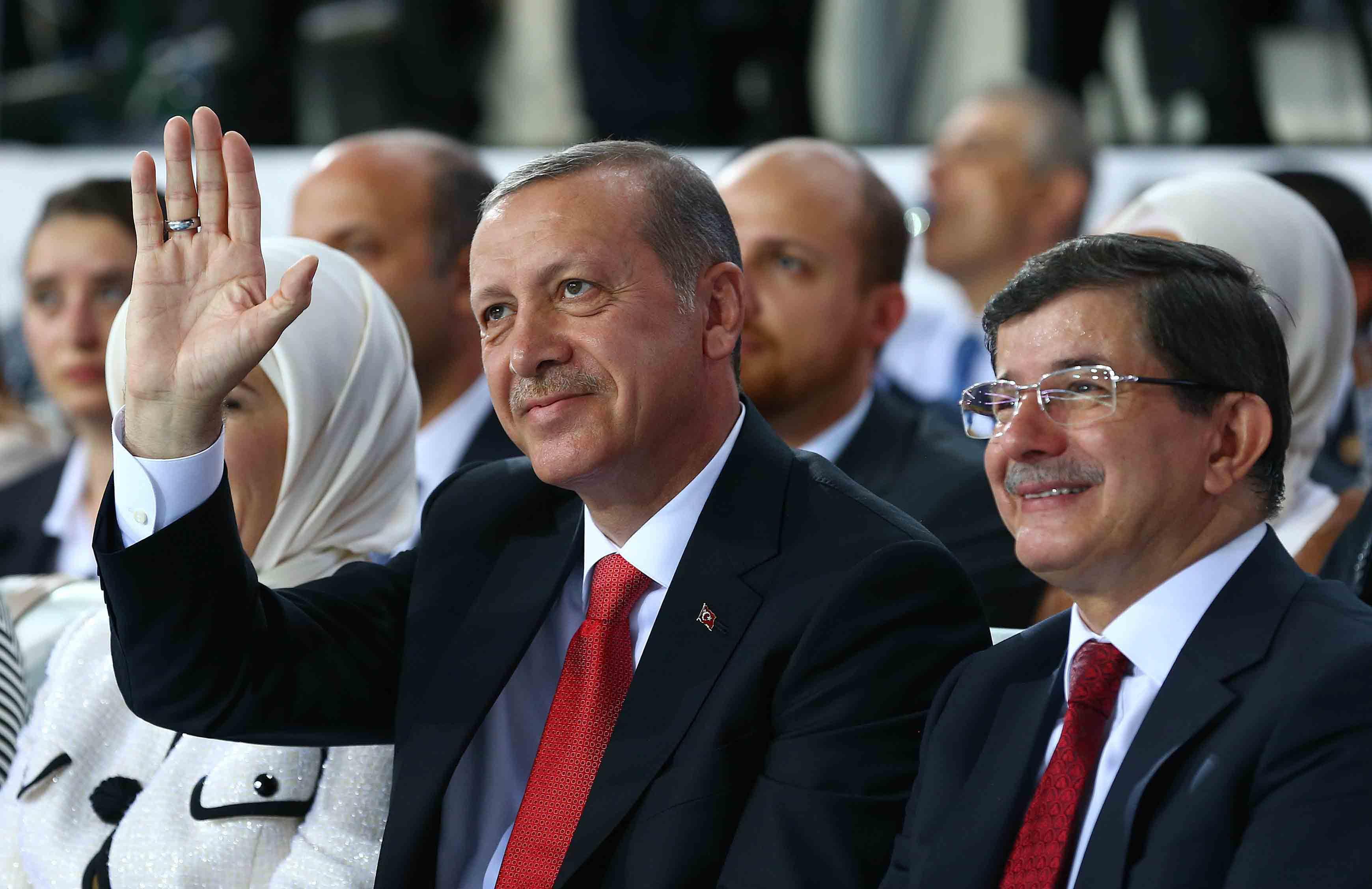 Η δημόσια καταγγελία του πρώην πρωθυπουργού Αχμέτ Νταβούτογλου στον Τούρκο Πρόεδρο Ρ. Τ. Ερντογάν