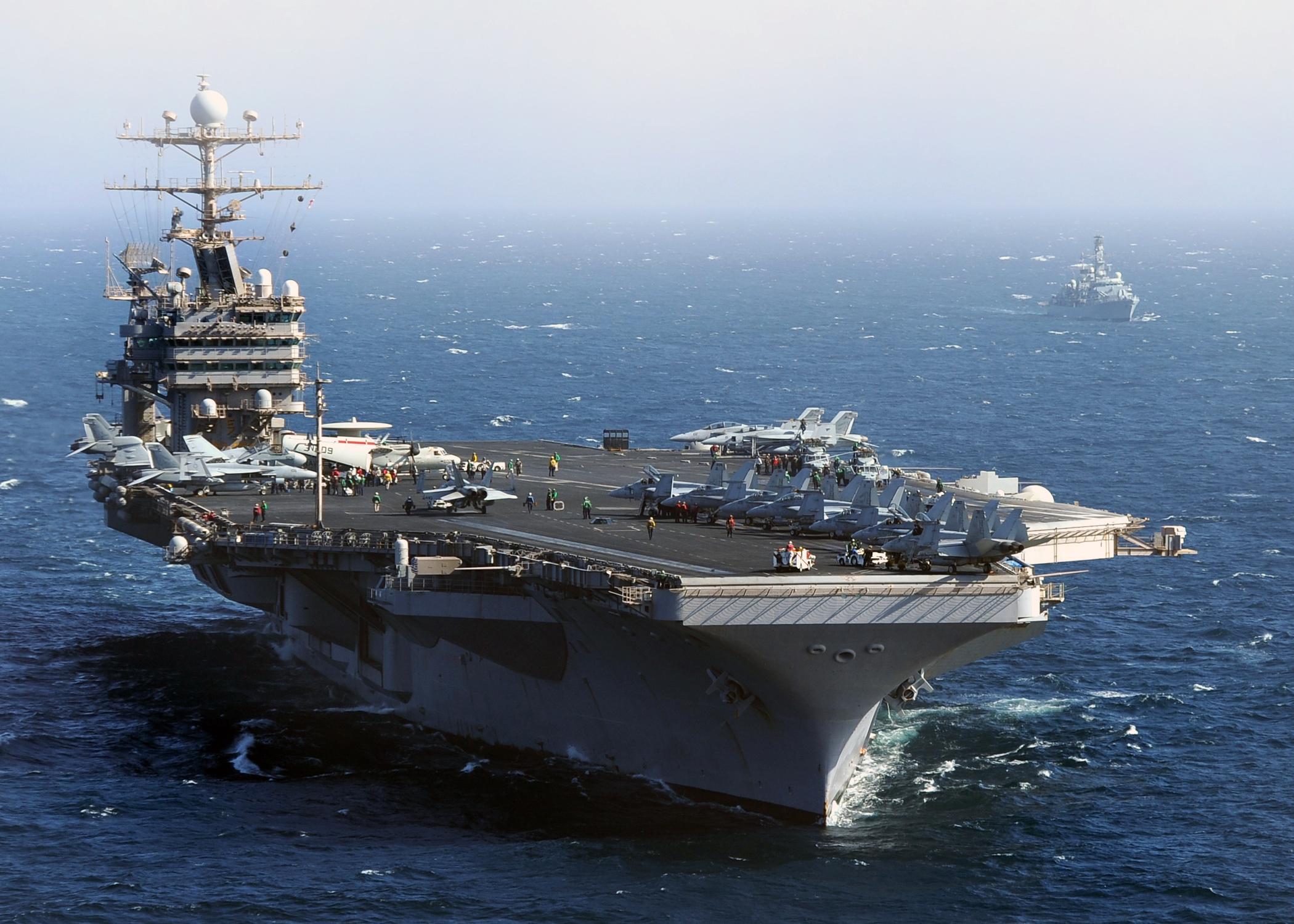 Με το αεροπλανοφόρο «Abraham Lincoln» στην Ελλάδα απαντούν οι ΗΠΑ στους Τούρκους