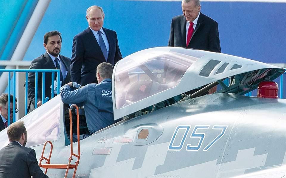 Ο Ερντογάν «παζαρεύει» αγορά ρωσικού μαχητικού, αγνοώντας τις ΗΠΑ (Βίντεο)