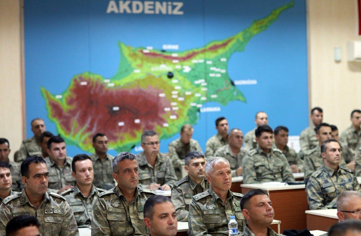 Ο Χ. Ακάρ απειλεί με νέο «Αττίλα» την Κύπρο, όπως το 1974