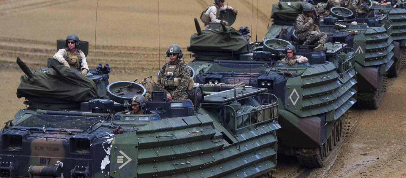 «Αρχαία» κονσερβοκούτια θανάτου φορτώνουν οι ΗΠΑ στον Ελληνικό Στρατό