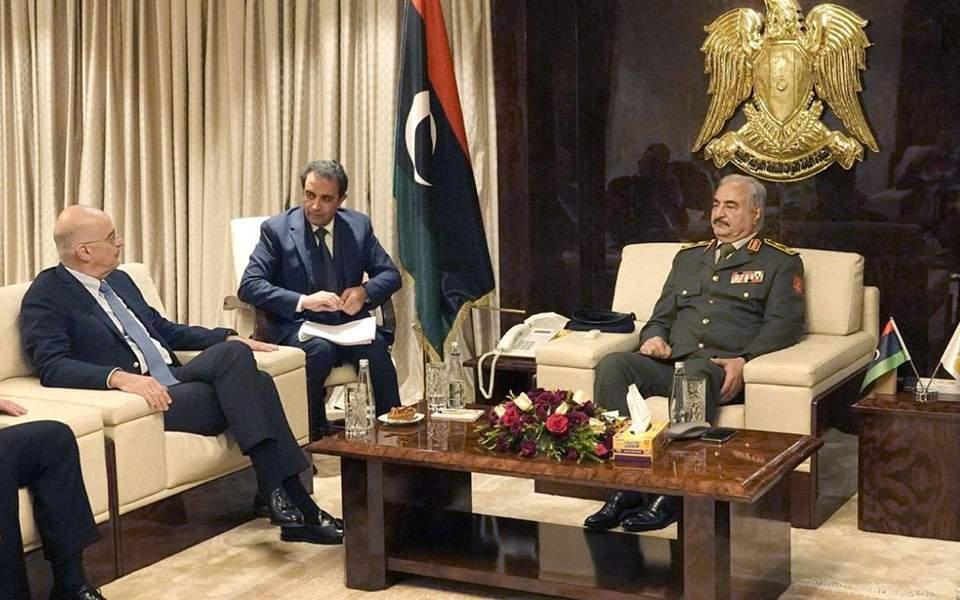 """Απανωτά ΣΟΚ στην Άγκυρα – Ο Ν. Δένδιας βρίσκεται """"τώρα"""" στη Λιβύη με τον Χαλίφα Χαφτάρ"""