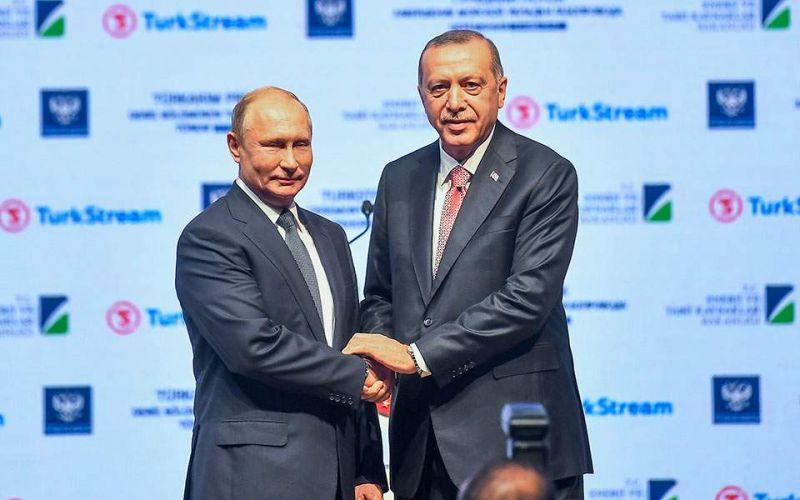 """Μετά τις αμερικανικές κυρώσεις το Κρεμλίνο δήλωσε """"στήριξη"""" στην Τουρκία και τον Ερντογάν"""
