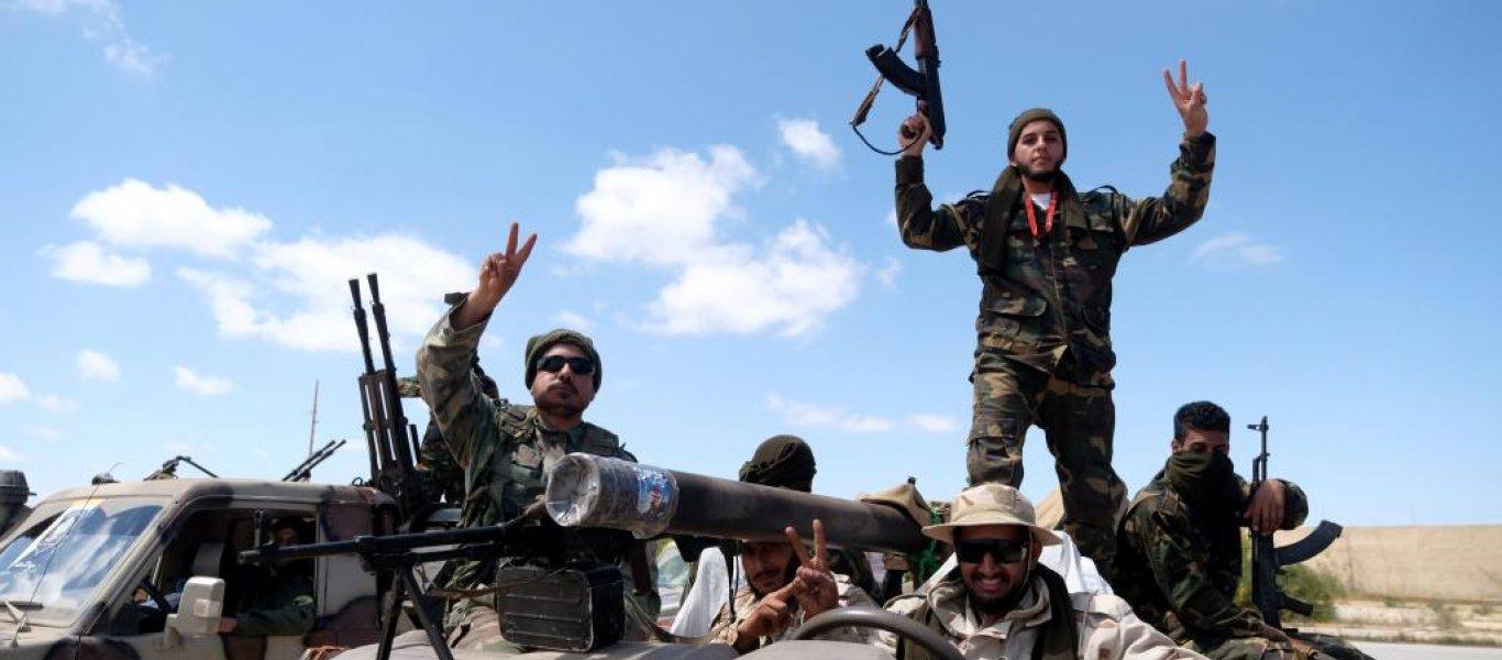 """Ο Χ. Χαφτάρ βομβάρδισε """"μηχανική μονάδα τουρκικού στρατού"""" στη Λιβύη – Αυτομόλησε τάγμα του καθεστώτος στον LNA (Vid)"""