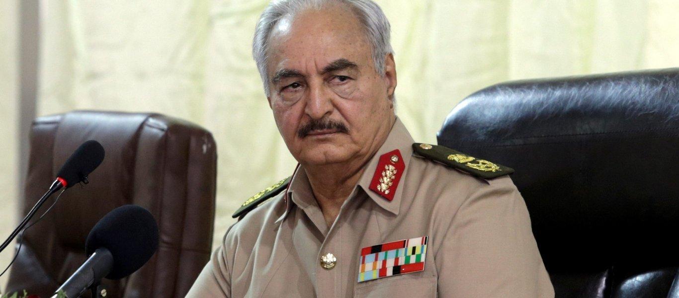 """Ο στρατάρχης Χ. Χαφτάρ """"σταμάτησε"""" την προέλασή του προς την Τρίπολη – """"Εκεχειρία"""" στη Λιβύη"""