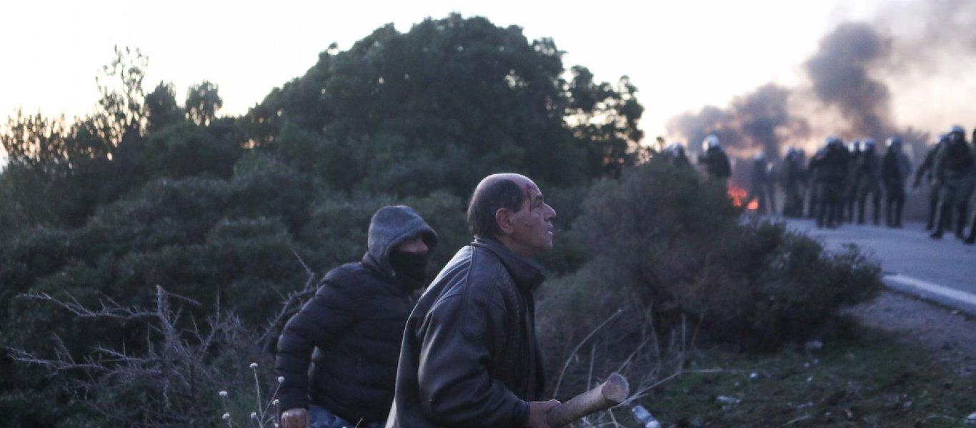 """Έκτακτο: """"Επιστράτευση"""" των κατοίκων κηρύχθηκε στη Μυτιλήνη για την υπεράσπιση της γης τους από τους μετανάστες"""