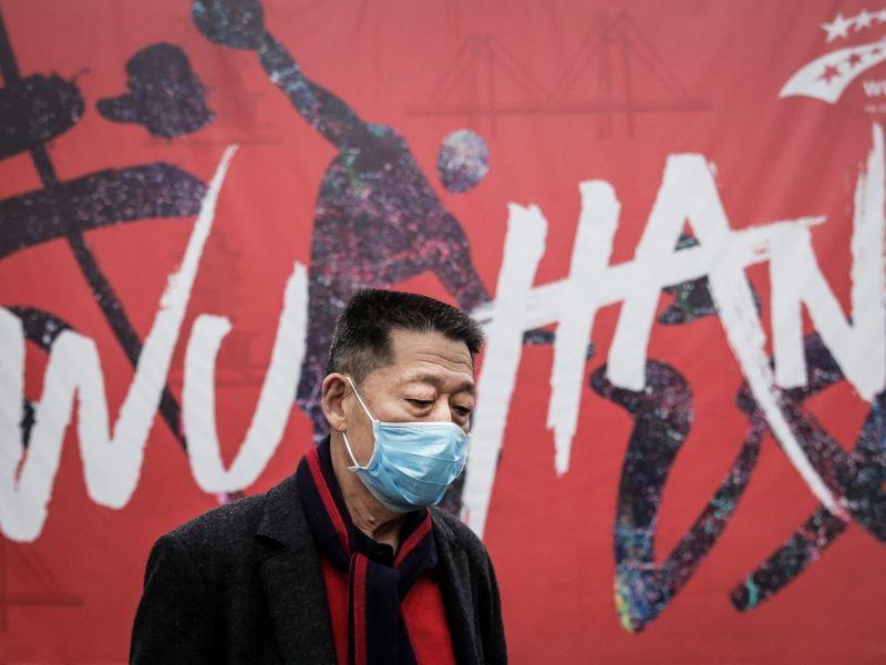 Η Κίνα ξαφνικά διπλασίασε των αριθμό των θυμάτων στην πόλη Ουχάν από τον κορωναϊό