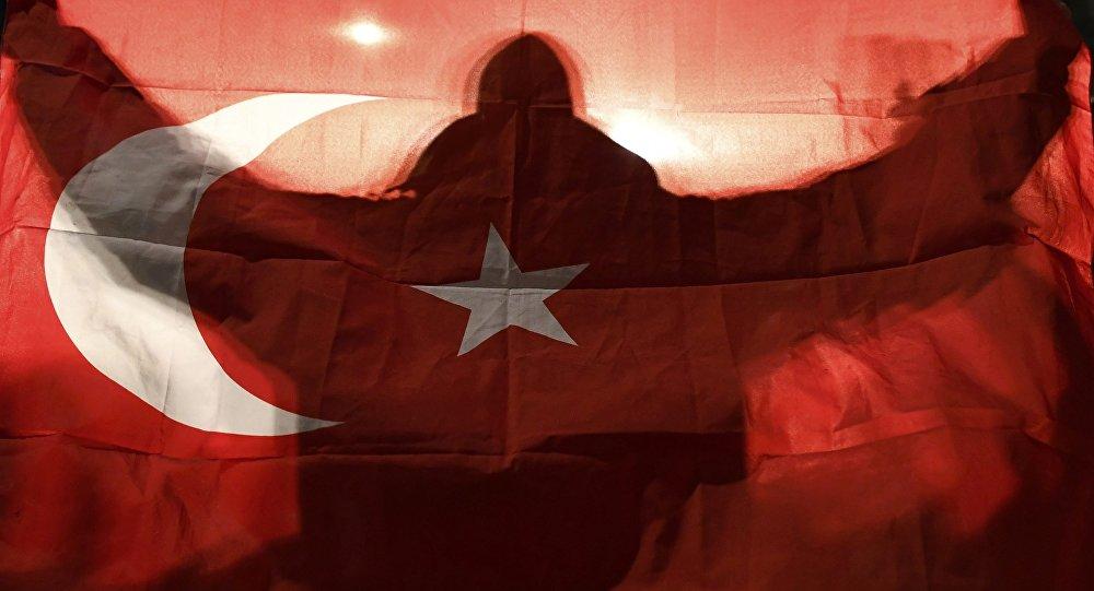 """Πώς το Κατάρ """"υπηρετεί"""" τα σχέδια των Τούρκων στη Θράκη"""