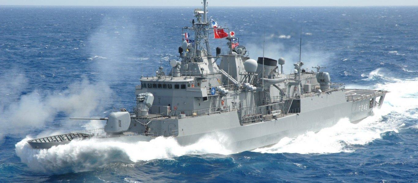 """Τουρκική φρεγάτα """"εγκλωβίζει"""" γαλλικό πολεμικό πλοίο νοτίως της Κρήτης"""