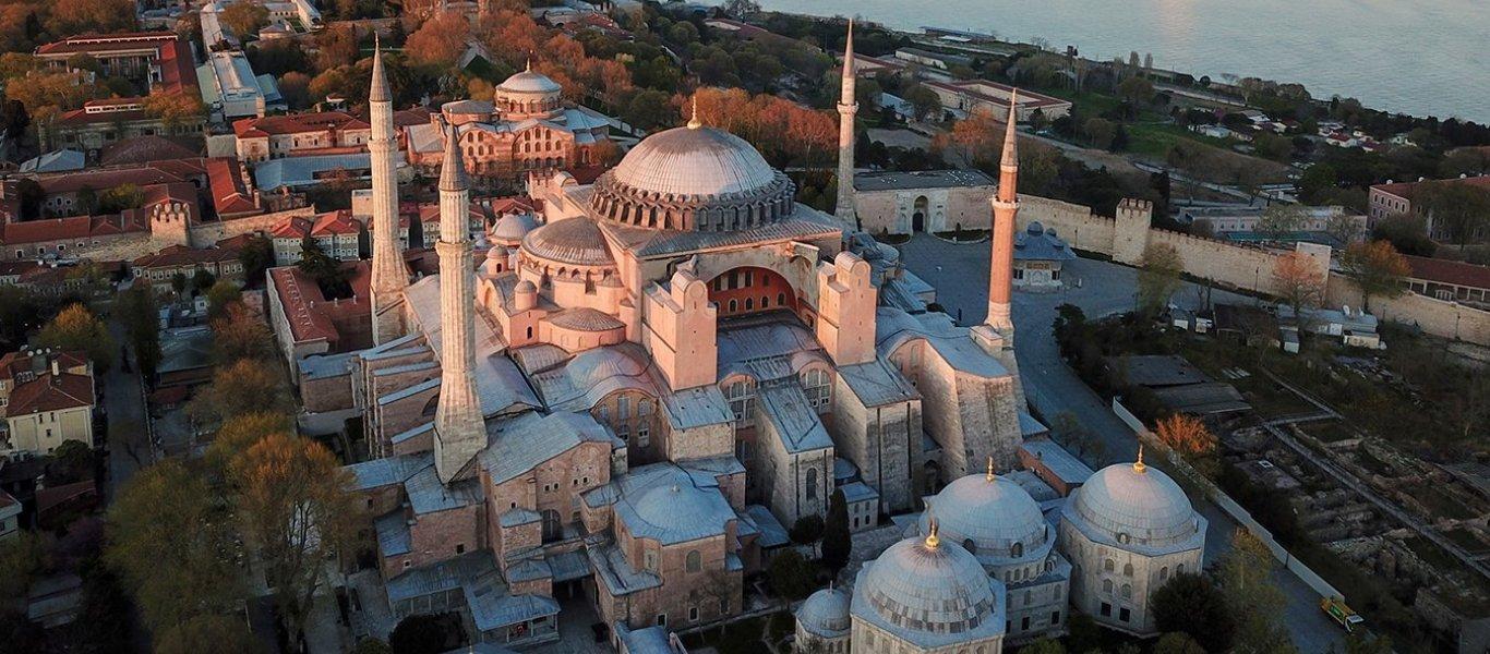 Πώς θα καλύψουν οι Τούρκοι τις αγιογραφίες της Αγιάς Σοφιάς μετά τη μετατροπή της σε τέμενος