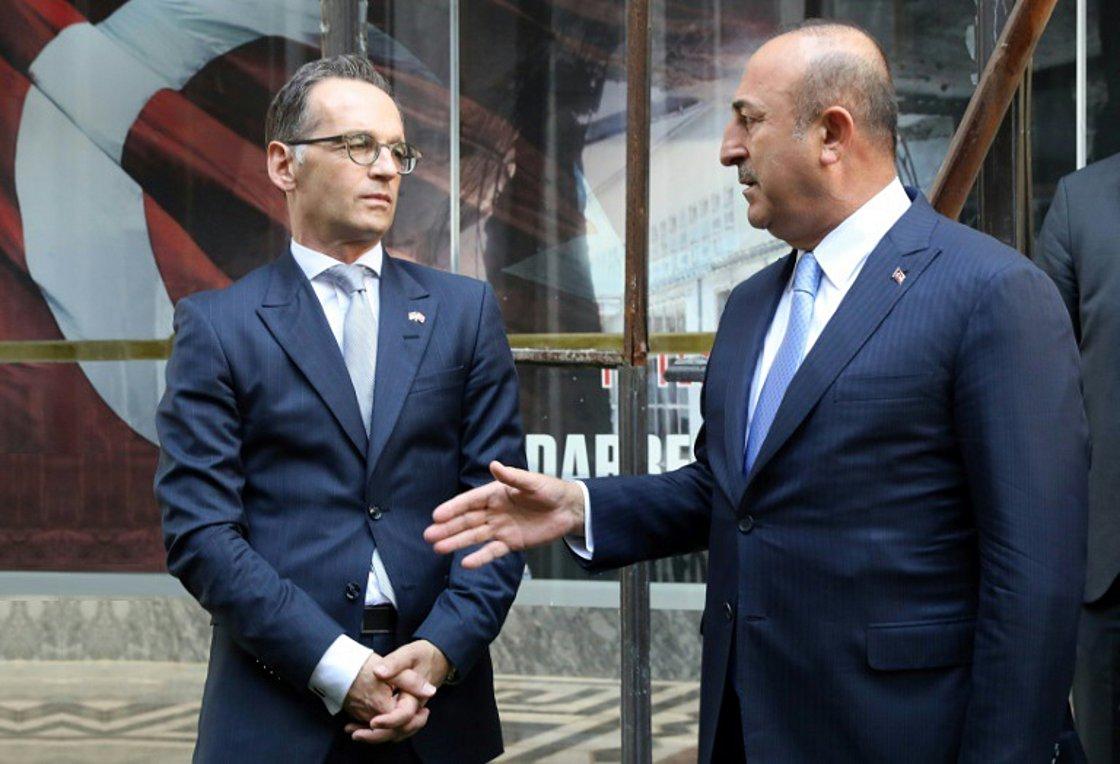 """Ελληνοτουρκικά: Γιατί η Γερμανία """"αναδιπλώνεται"""" απέναντι στην Τουρκία"""