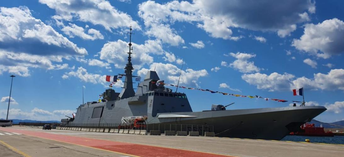 """Languedoc"" Η επιβλητική γαλλική φρεγάτα FREMM στο λιμάνι του Πειραιά"