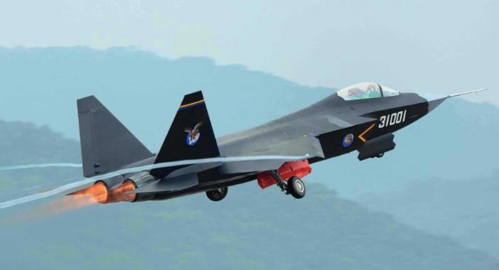 FC-31: Το «κρυφό» μαχητικό των Κινέζων